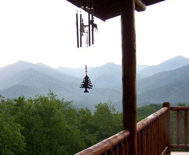Dillsboro modern cabin rental with incredible mountain views and 4 bedrooms